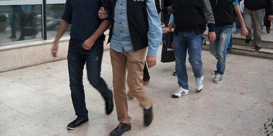 'Bylock' Kullanan 25 Eski Polis Yakalandı