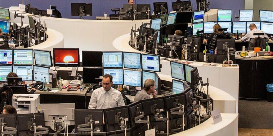 Piyasalar Trump'un gelişine kilitlendi