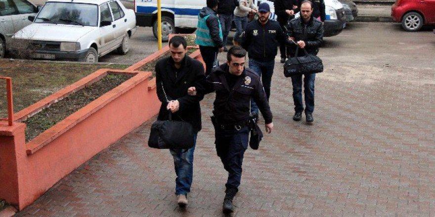 Karabük'te Merkezli FETÖ Operasyonunda 8 Tutuklama