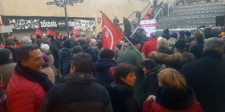 Macaristan, Budapeşte'de Metro Protestosu