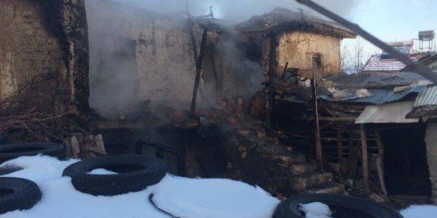 Eskişehir'in Günyüzü'nde Yangın, 1 Kişi Hayatını Kaybetti