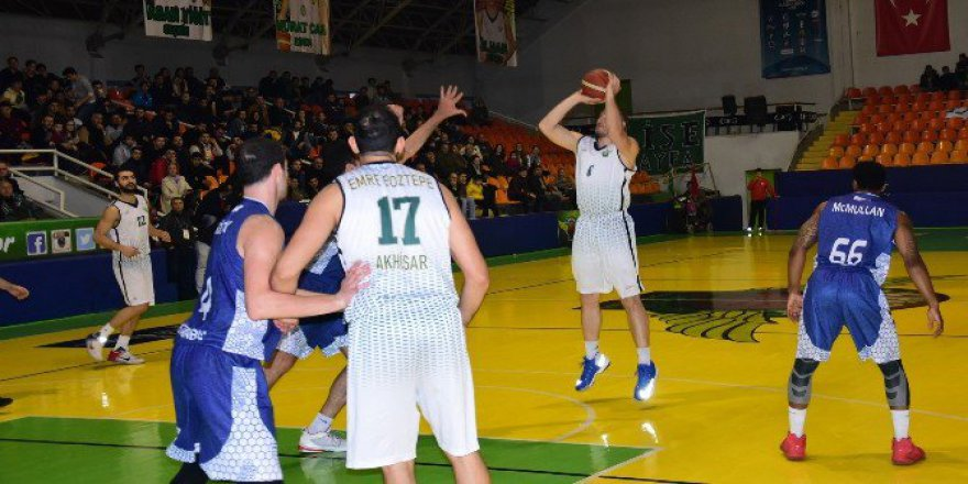 Türkiye Basketbol 1. Ligi'nde Akhisar Belediyespor 89-70 Pertevniyal Basketbol