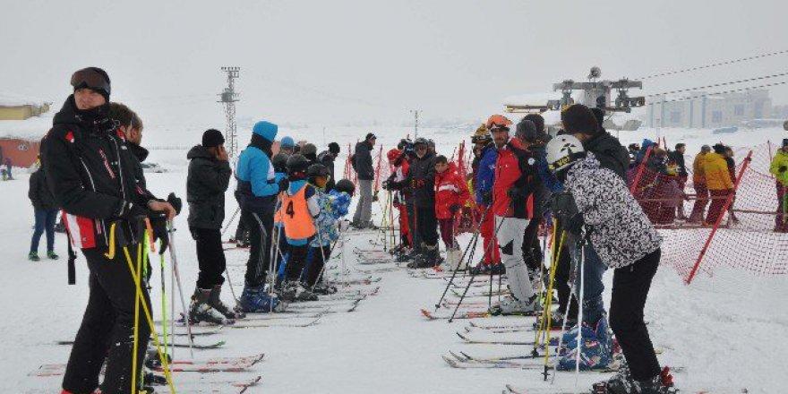 Muş Kayak Merkezi