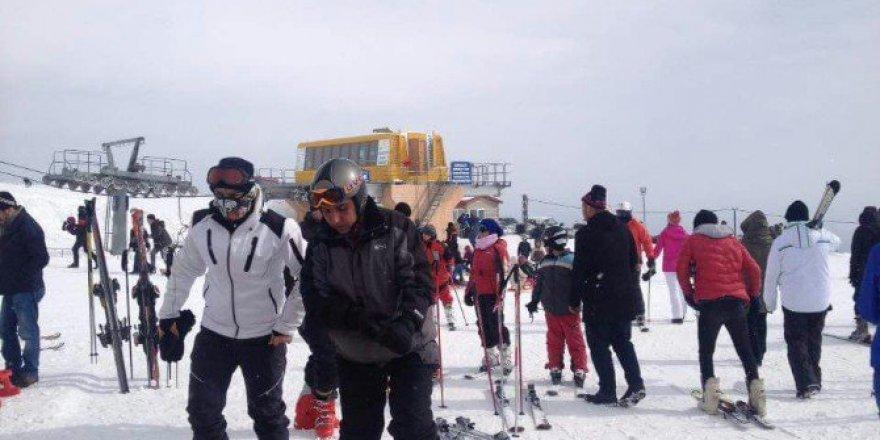 Bitlis, Tatvan İlçesindeki Nemrut Kayak Merkezine Yoğun İlgi