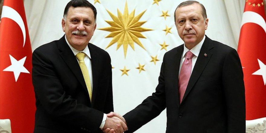 Erdoğan, Libya Başkanlık Konseyi Başkanı Serrac'ı Kabul Etti