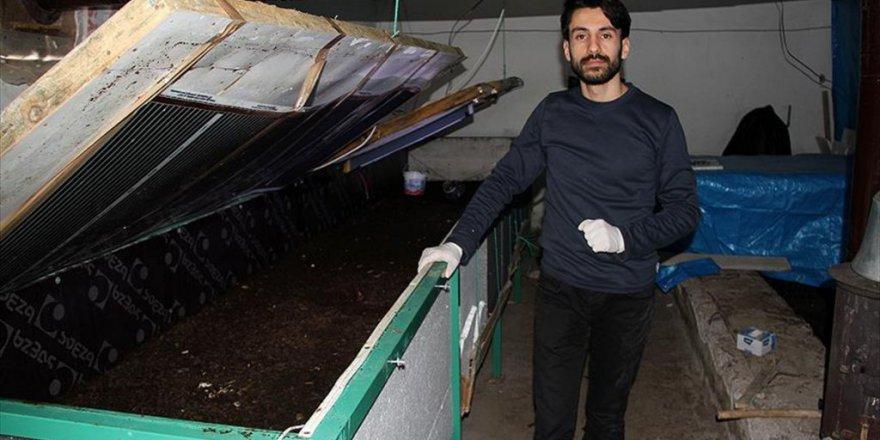 Suşehri ilçesinde Cihat Akbulut solucan gübresi üretiyor