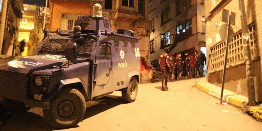 Beyoğlu, Saksağan Sokak'ta Korkutan Patlama