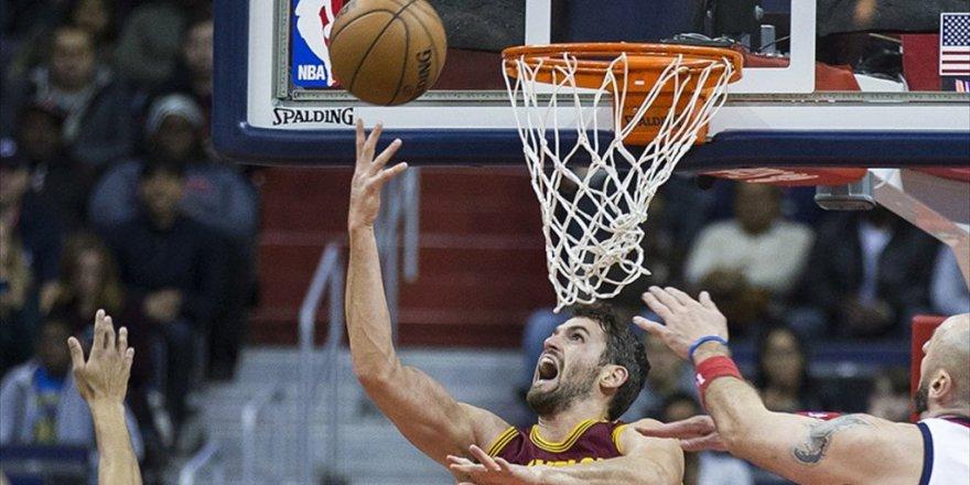 Cleveland Cavaliers'ın Pota Altı Oyuncusu Kevin Love 6 Hafta Yok