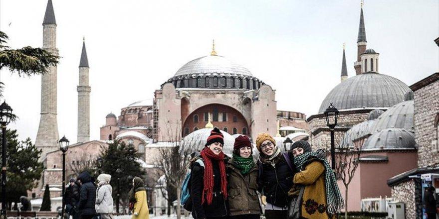 İstanbul'a turist yağdı
