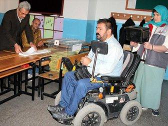Engelliler Sandıkta Engellerin Kalkmasını İstiyor