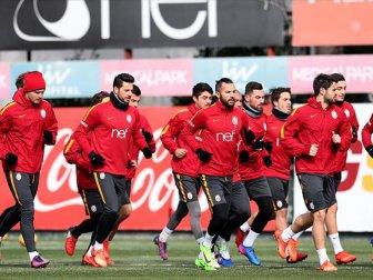 Galatasaray'da sakat futbolcular şoku