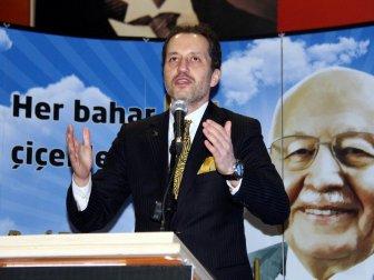 """Fatih Erbakan: """"Necmettin Erbakan 15 Temmuz'u 30 Sene Önce Söyledi"""""""