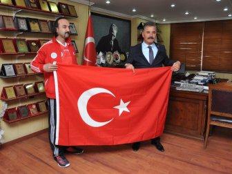 Escrima Sporcusu Serkan Gök, İtalya'da Türkiye'yi Temsil Edecek