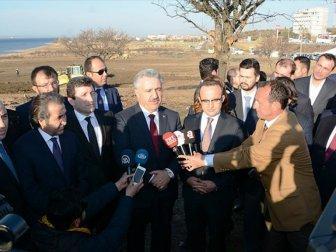 Bakan Arslan: '1915 Çanakkale Köprüsü'nün İnşaatına Fiilen Başlandı'