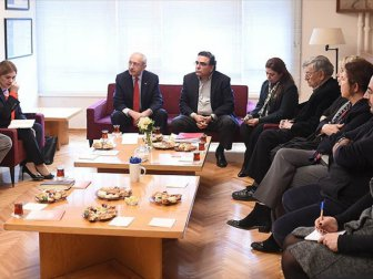 Kemal Kılıçdaroğlu, KHK ile İhraç Edilen Akademisyenlerle Görüştü