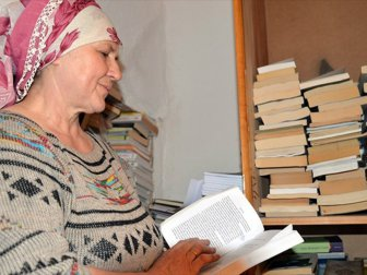 Kitaplarla Mutlu Olan Kadın Çiftçi Bedriye Engin