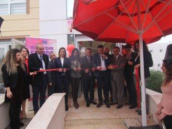 İzmir Menderes'te Hayat Boyu Öğrenme Merkezi Açıldı