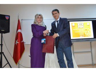 Genç Nida Kur'an'ı Kerim'i Güzel Okuma Ve Hafızlık Yarışması Düzenlendi