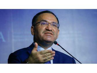 Adalet Bakanı Bozdağ: Bütün Uluslararası Toplumun Ayağa Kalkması Lazım