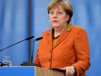 Merkel'in Rutte coşkusu