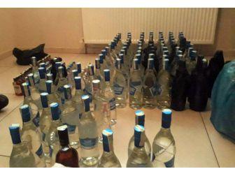 300 Şişe Kaçak İçki Ele Geçirildi