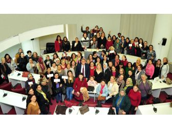 Balçovalı Kadınlar Emeklerin Karşılığını Aldı
