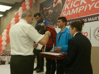 Erü Kick Boks Takımı Türkiye Şampiyonu
