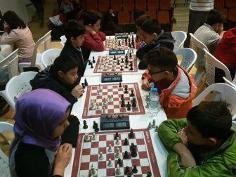 Satranç Liginde Öğrenciler Kıyasıya Mücadele Ediyor