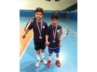Osmangazili Badmintonculardan Çifte Başarı