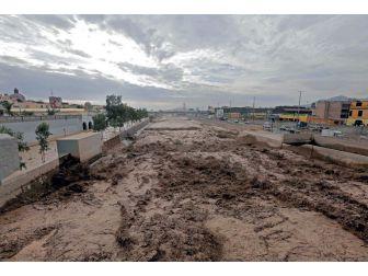 Peru'da Selden 48 Kişi Hayatını Kaybetti