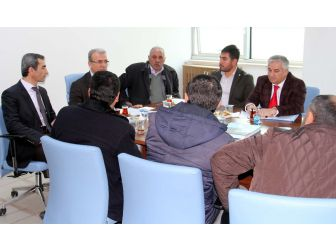 Bitlis'teki Hazır Beton Firmaları Bir Araya Geldi