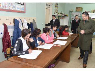 Öğrencilerinden Başkan Tiryaki'ye Şarkılı Karşılama