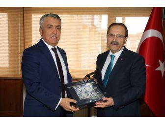 """Başkan Şahin: """"Kızılırmak Üniversitesi İçin Seferberiz"""""""