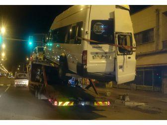 Şoför Kabininin Üzerinde Bile Araç Taşıdı