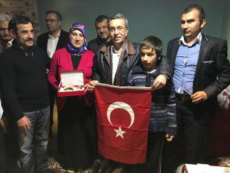 Başkan Çetin, Pursaklar'ı Karış Karış Gezip Referandumu Anlatıyor