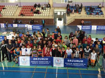 Masa Tenisi Kurtuluş Kupası İle Şenlendi