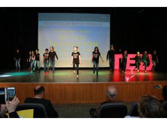 Projesi Dereceye Giren Öğrenciler Ödüllerini Aldı