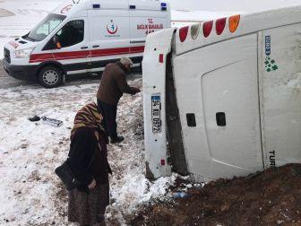Cenaze Dönüşü Kaza: 2 Ölü, 5 Yaralı