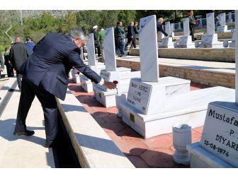 Çanakkale Zaferi'nin 102'üncü Yıldönümü Ve 18 Mart Çanakkale Zaferi Ve Şehitler Anma Günü, Kktc'de Düzenlenen Törenlerle Anıldı.