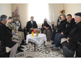 Kaymakam Kazez'den, Şehit Ailelerine Ziyaret