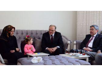 Koçer'den Şehit Ailesine Ziyaret