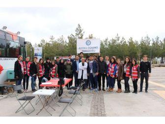 Uşak Üniversitesi Ahıska Öğrenci Topluluğu Kan Bağışladı