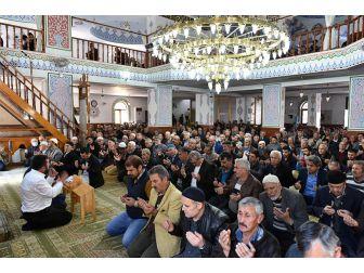 Kepez'deki Bütün Camilerde Şehitlere Dua