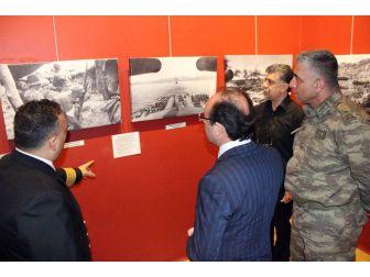 """""""Geçilemeyen Çanakkale"""" Fotoğrafları Sergisi"""