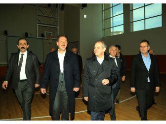 Türkiye'nin En Büyük Gençlik Merkezi Açılış İçin Gün Sayıyor
