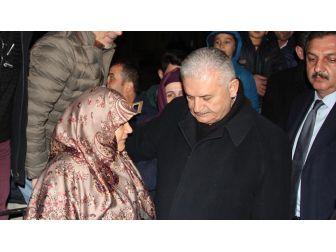 Başbakan Yıldırım'dan Şehit Ailesine Ziyaret