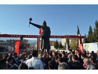 Süleyman Şah'ın Heykeli Törenle Açıldı