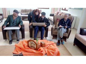 Odunpazarı Belediyesi Yaşlı Merkezinde Resim Dersleri De Başladı
