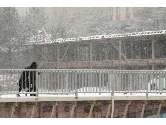 Bayburt'ta Kar Yağışı