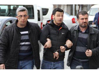 Evin Kapısını Kırıp Hırsızlık Yapan Şahıs Yakalandı
